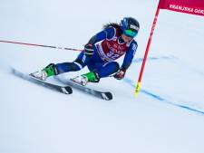 Nederlandse skiester Jelinkova dag na kwalificatie voor Spelen per brancard afgevoerd