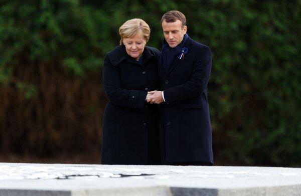 Door patriottisme tegenover nationalisme te plaatsen, probeerde Macron kool en geit te sparen