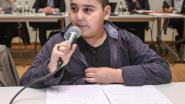 Mirza (10) wil platanen redden tijdens gemeenteraad