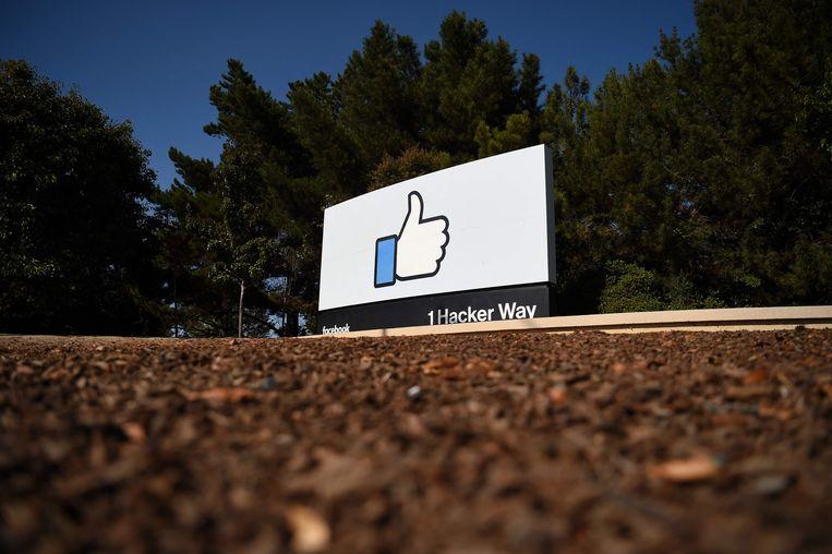 Een oud-datamedewerker beschuldigt Facebook ervan polarisatie opzettelijk in stand te houden uit winstoverwegingen. Beeld AFP
