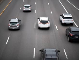 Autobranden en andere reacties in crisissituaties: zijn elektrische auto's gevaarlijker?