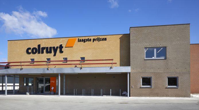 De beklaagden sloegen toe in supermarkten van de Colruyt-keten.