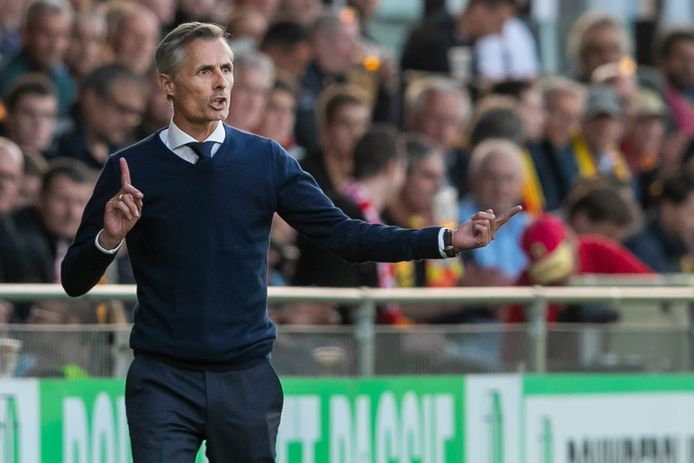 DEVENTER, Stadium De Adelaarshorst, 22-09-2021 , season 2021 / 2022 , Dutch Eredivisie. Final result 1-2, GA Eagles coach Kees van Wonderen