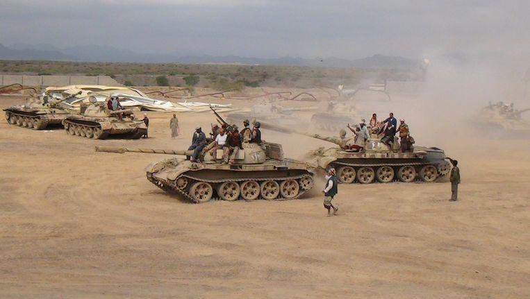Militanten loyaal aan president Hadi in het zuiden van Jemen Beeld REUTERS