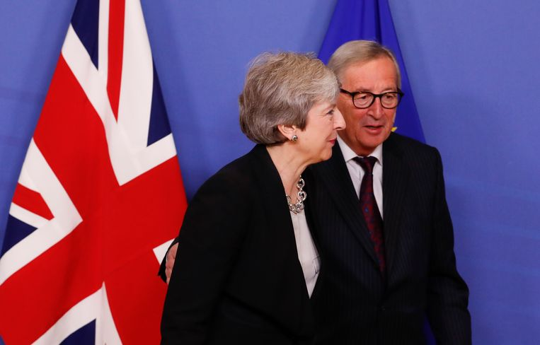 Brits premier Theresa May zal de stemming over de brexit andermaal uitstellen. Beeld EPA