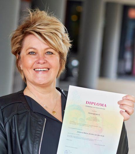 Diploma voor eerste Lefgozers m/v die in de zorg aan slag zijn