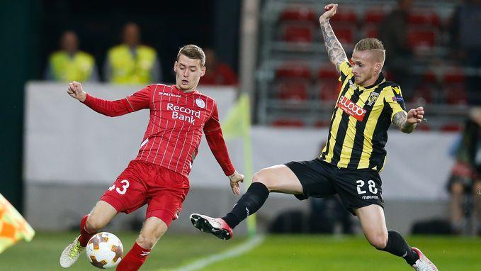 Herbeleef hoe Essevee en Vitesse elkaar in evenwicht hielden na onderhoudende pot voetbal (1-1)