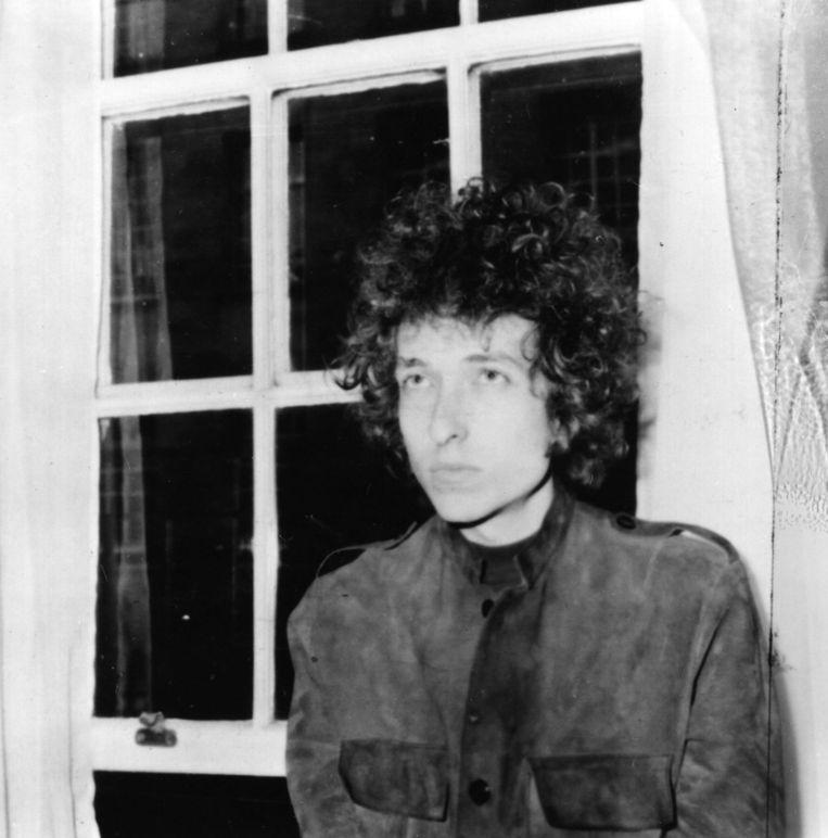 Bob Dylan op 3 mei 1966, tijdens een persconferentie in Londen. Beeld Getty Images