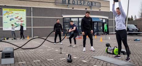 Fitnessprotest in Etten-Leur. Stilzitten is géén optie