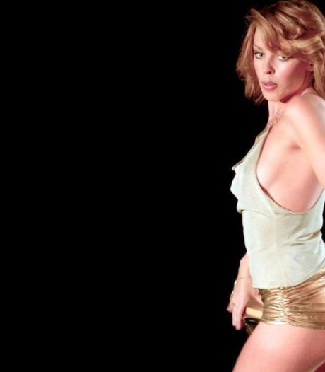 Kylie Minogue mag kont schudden voor feestende Queen