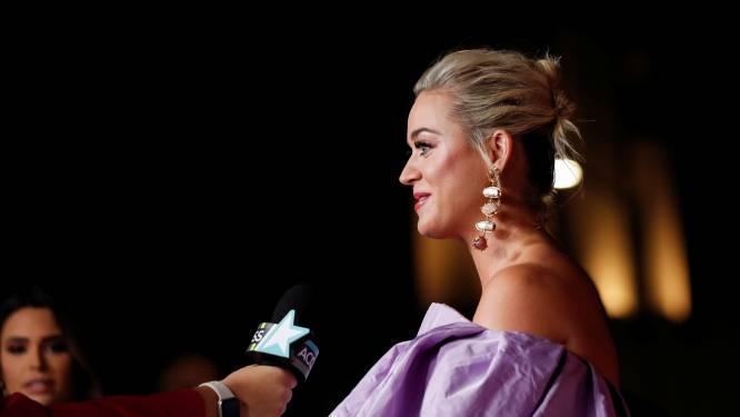 """Katy Perry over het moederschap: """"Het is hetzelfde als het popsterrenleven, je borsten hangen er altijd uit"""""""