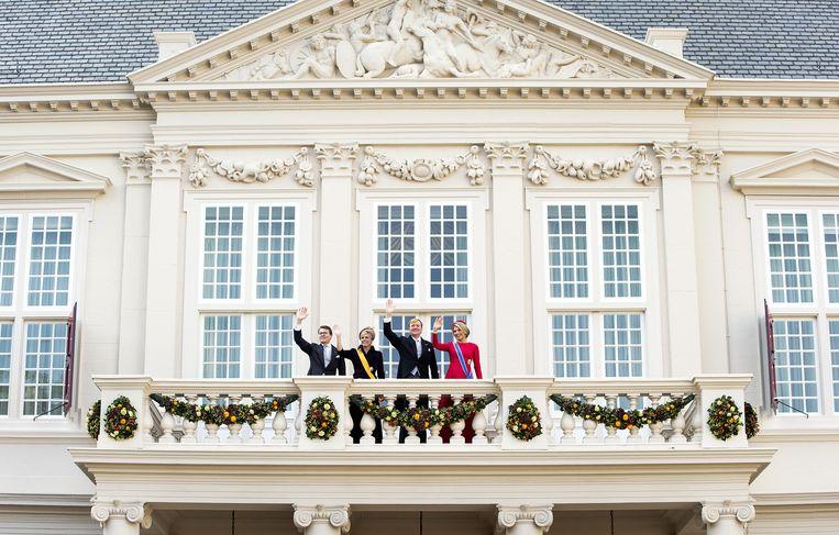 De koninklijke familie op het bordes van Paleis Noordeinde op Prinsjesdag. Beeld anp
