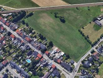"""Verkavelingsaanvraag voor 35 woningen in Appelstraat: """"Veel vragen bij leefbaarheid vlak naast brug en spoorweg"""""""