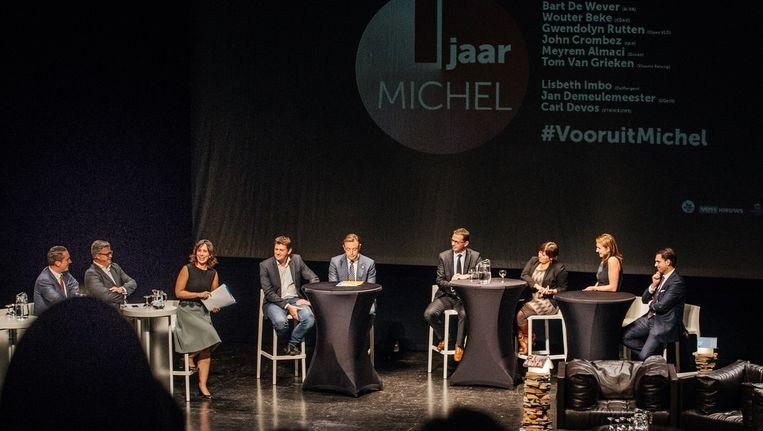 Veel volk gisteren in de Gentse Vooruit voor het grote voorzittersdebat. Beeld Wouter Van Vooren