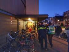 Brand in flatgebouw Sextant vermoedelijk aangestoken