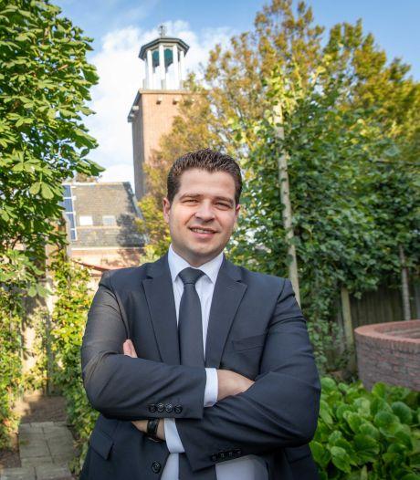 Hoe visboer Leendert van der Kuijl (29) dominee werd in Waarde. 'Ik werk nu met levende vissen'