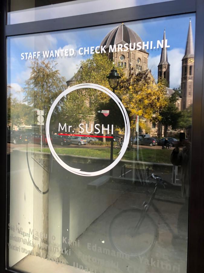 Mr. Sushi zoekt nog personeel.