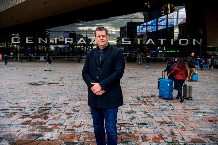 Veiligheidsdeskundige Frank Wijnveld in hartje Rotterdam: 'Maak de festivalgangers lid van je team'.