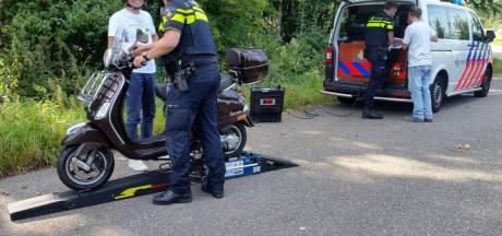 Controle in Wierden: Zes brommers opgevoerd