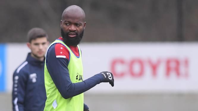"""""""Het is Lamkel Zé of wij"""": deel van spelersgroep Antwerp lust hem ondanks excuses rauw en stelt veto"""