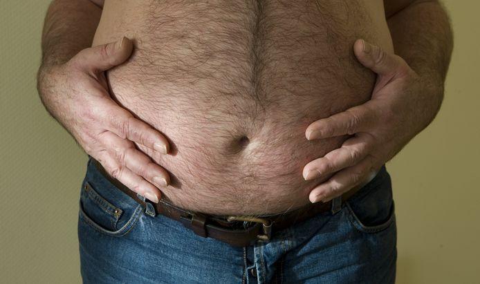 Het coronavirus slaat ongenadig hard toe bij mensen met fors overgewicht. Zo'n 80 procent van de patiënten die op de ic terecht komen, zou te zwaar zijn.