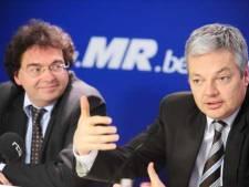 """Reynders doit choisir: le FDF ou Aernoudt"""