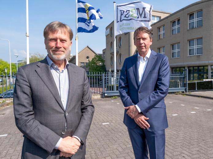 PZEM-bestuurders Frank Verhagen (voorgrond) en Niels Unger.