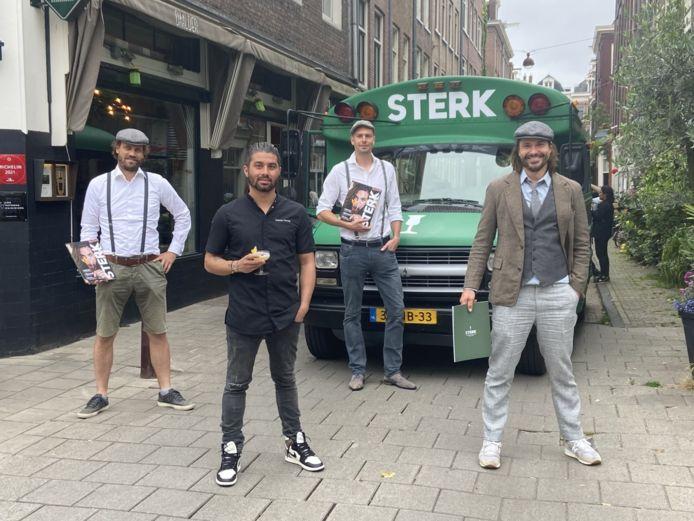 Dennis Huwaë, Robert Boevé, Mike Petri & Brendo Festen (vlnr) bij de uitreiking van het magazine STERK.
