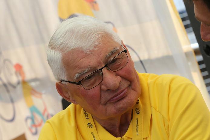 L'une des figures les plus populaires du cyclisme, Raymond Poulidor s'est éteint à l'âge de 83 ans.
