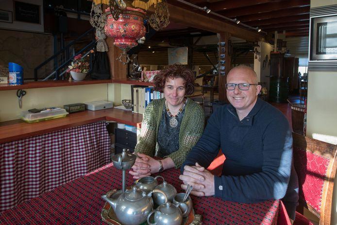 Angelica en Jan van de Kerke zijn de nieuwe beheerders van de Museumboerderij (Erf 29) op het Kampereiland.Foto Freddy Schinkel, IJsselmuiden © 270218