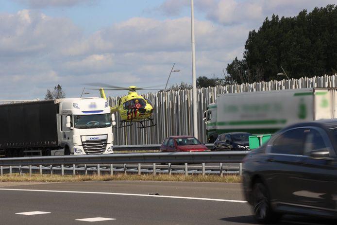 Bij het ongeluk waren meerdere vrachtwagens betrokken.