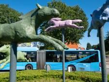 Foutje bedankt: schoonmaakbeurt geeft nieuwe kleur aan kunstwerk in Heerde