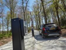 Betaald parkeren bevalt Natuurmonumenten;  Of de duinen volgen staat nog niet vast