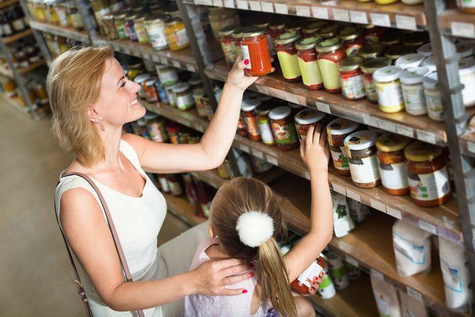 De chemische producten van Azelis worden onder meer gebruikt in de voedingsindustrie, bijvoorbeeld als kleurstoffen en zoetmakers.