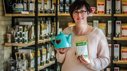 Na meer dan 20 jaar bloemen verkoopt Isabelle nu thee en koffie