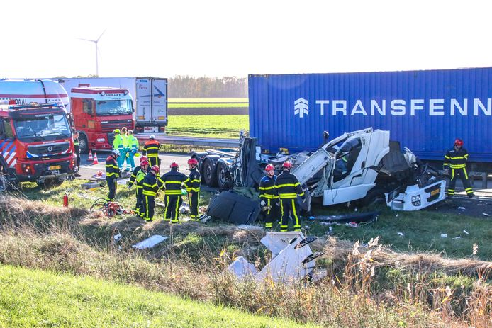 Door files en ongelukken is de A4 bij Bergen op Zoom steeds gevaarlijker geworden. De verkeersdrukte op de ader tussen Rotterdam en Antwerpen is sterk toegenomen.