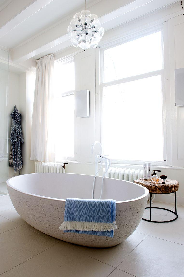 De badkamer van Laura. Beeld Anke Leunissen