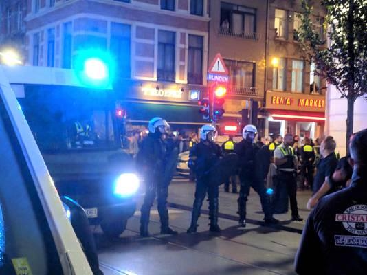 De politie kwam ter plaatse en haalde de strijdende partijen uit elkaar
