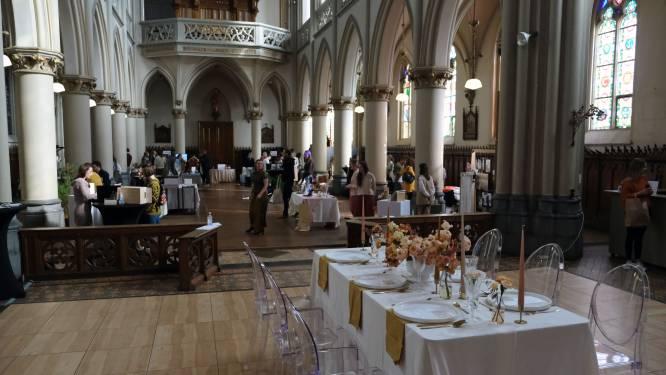 Verloofde koppels maken kennis met huwelijkssector op Trouwbeleving Liefs