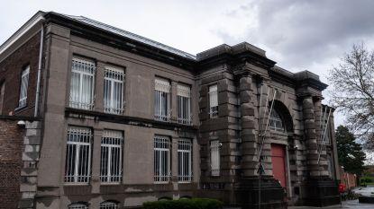 Gedetineerde houdt zich niet aan coronamaatregelen en valt cipiers aan in Mechelen