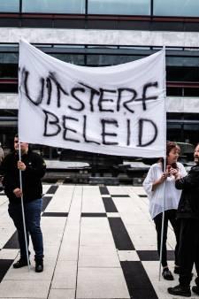 Arnhemse woonwagenbewoners gaan wéér de barricades op: 'Wij willen gifvrij wonen!'