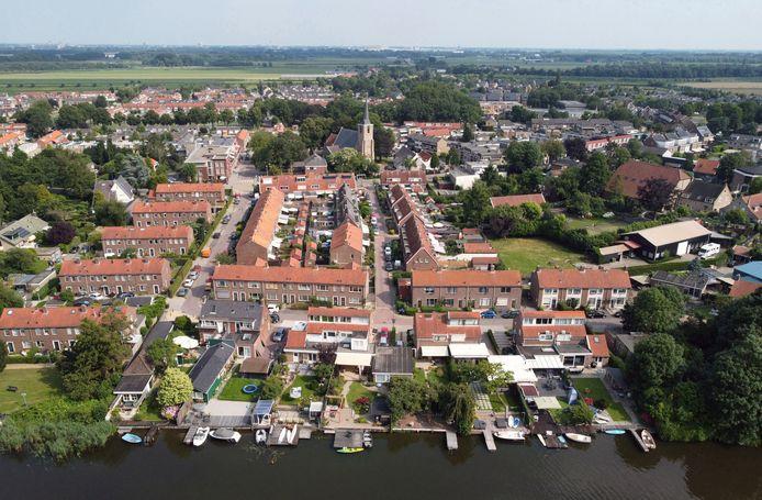 In de 12de eeuw, zo meldt het Historisch Genootschap Heerjansdam, werd de plaats Thiedradeskercke bij de Duble genoemd. Dit werd later Heerjansdam.