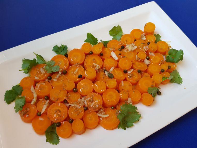 Zanahorias Aliñadas, gemarineerde bospeentjes. Beeld Marie Louise Schipper