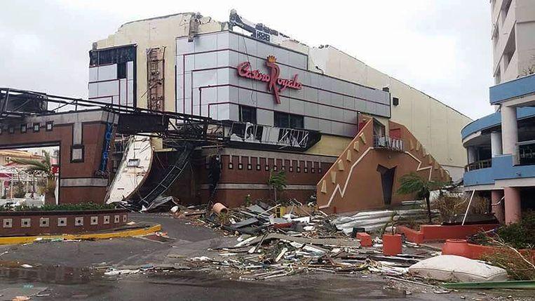 De verwoeste straten van Sint Maarten. Beeld AFP
