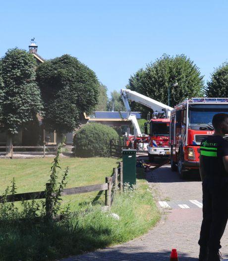 Veel schade door brand op woonboerderij in Overberg