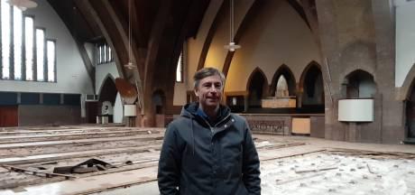 Nieuw voorstel: Supermarkt, woningen én ontmoetingsruimte in kerk Apeldoornselaan