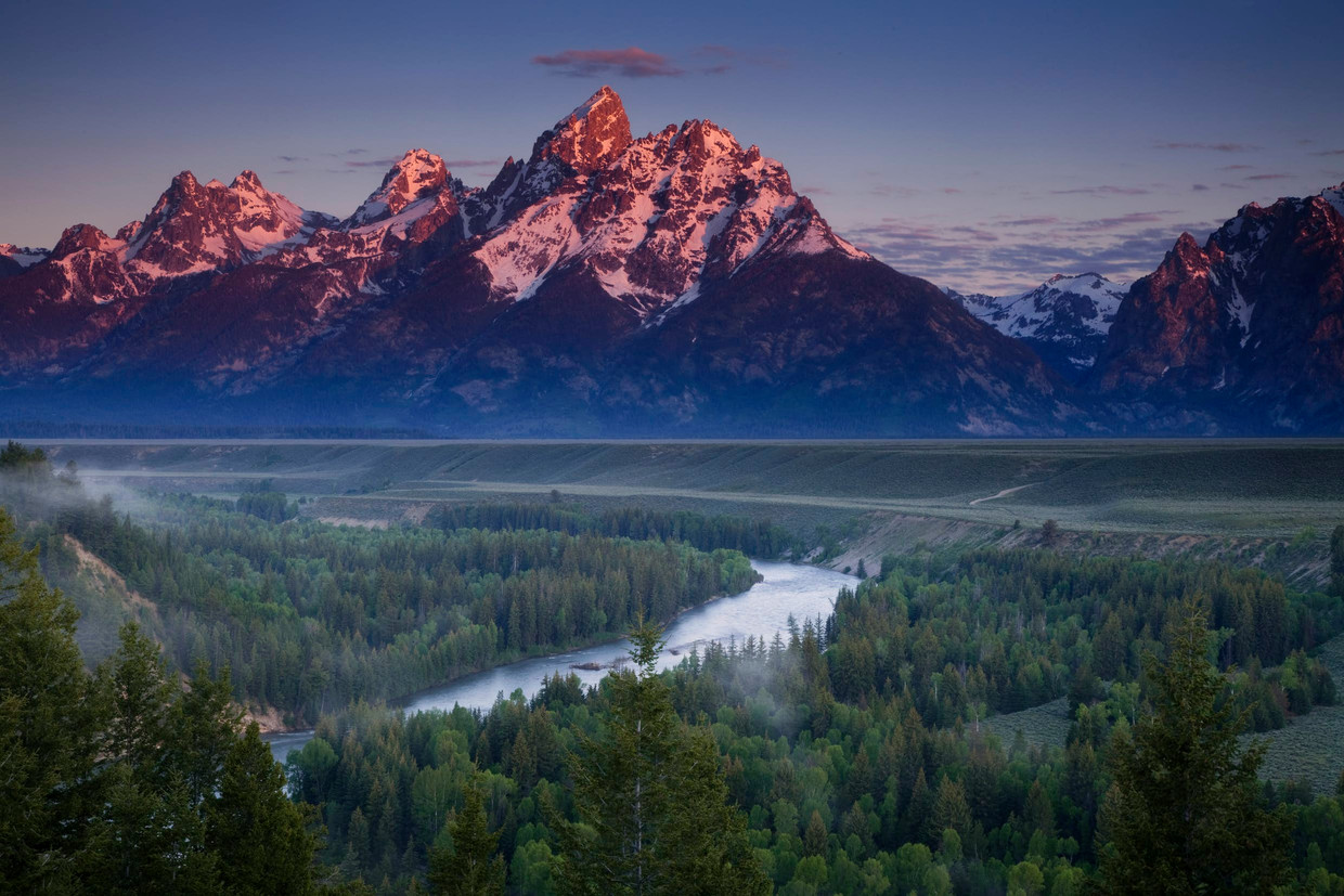 NORTH AMERICA WITH SIMON REEVE – DE ROCKY MOUNTAINS Beeld RV