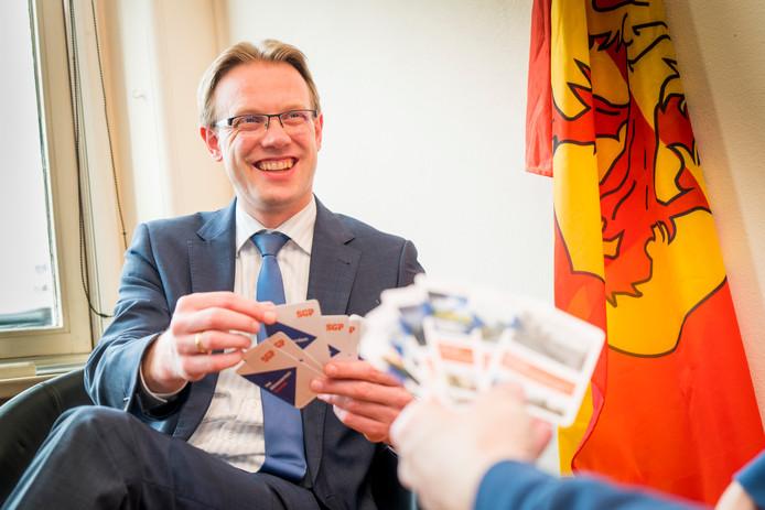 Peter Verheij Lijsttrekker van SGP Alblasserdam met het door hem uitgegeven kwartet