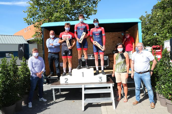 Vorige zomer gaf Apegem Sportief in Ruddervoorde al een oefentijdrit met bij de junioren Alec Segaert als winnaar voor Luca D'Hollander en Jelle Declerck.