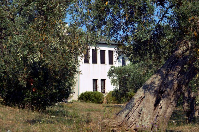 Dit is het tweede huis van de vader van Boris Johnson. Het staat in Horto village, Griekenland.  Beeld AP